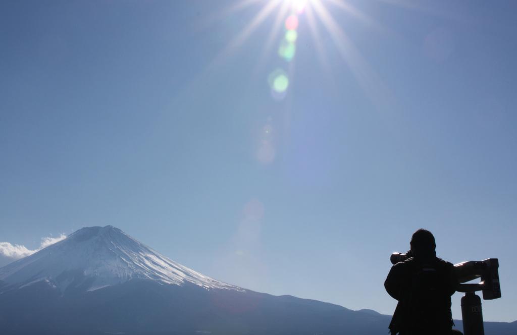 富士山を狙う人
