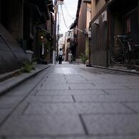 NIKON NIKON D300で撮影した(祇園の道)の写真(画像)
