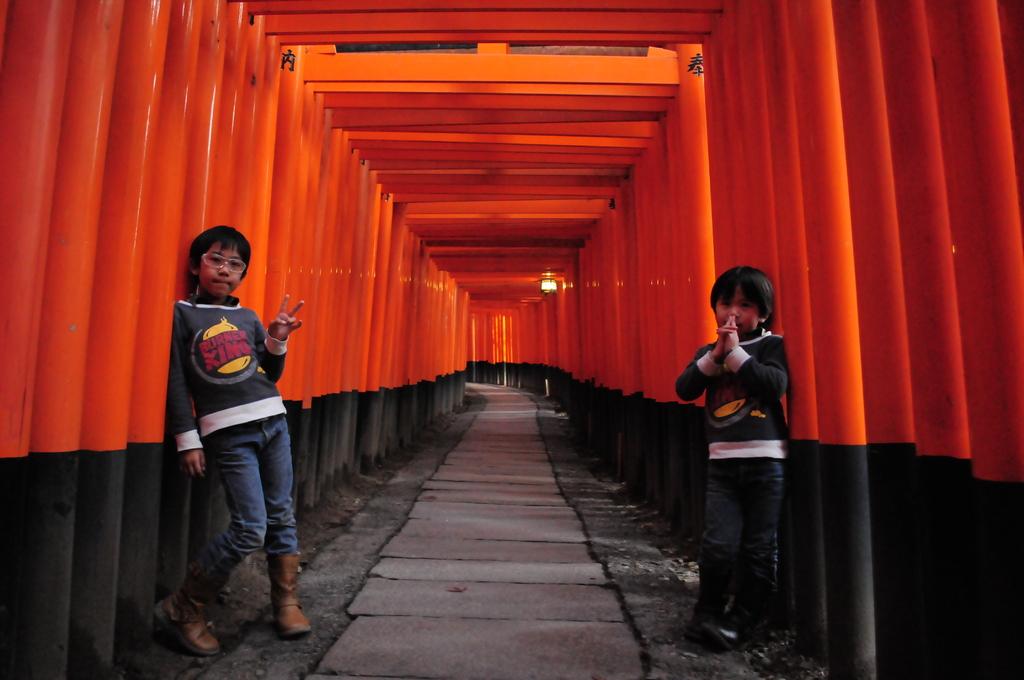 京都伏見の千本鳥居