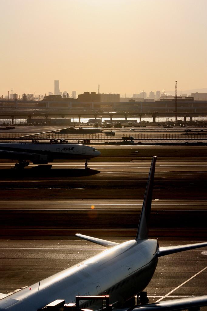 BOEING 777-200 全日空 と 777-300 日本航空