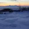 スキー場で待つ日の出