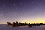 朝焼前の星降る大雪原