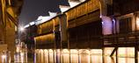 Golden-Wide-Corridor