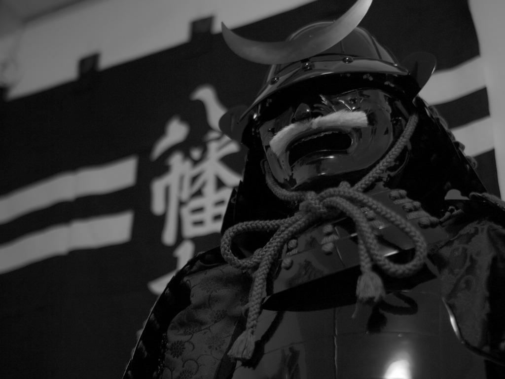 軍神(モノクロ)