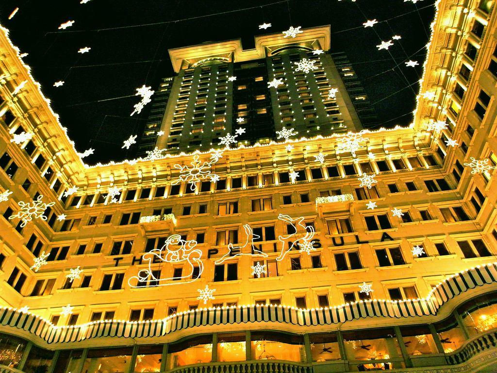 クリスマスのペニンシュラホテル(香港)