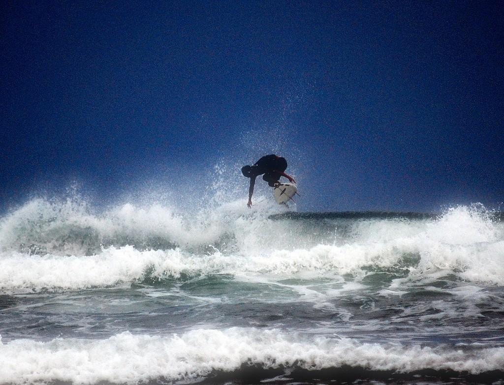 小倉が浜海岸 サーフィン