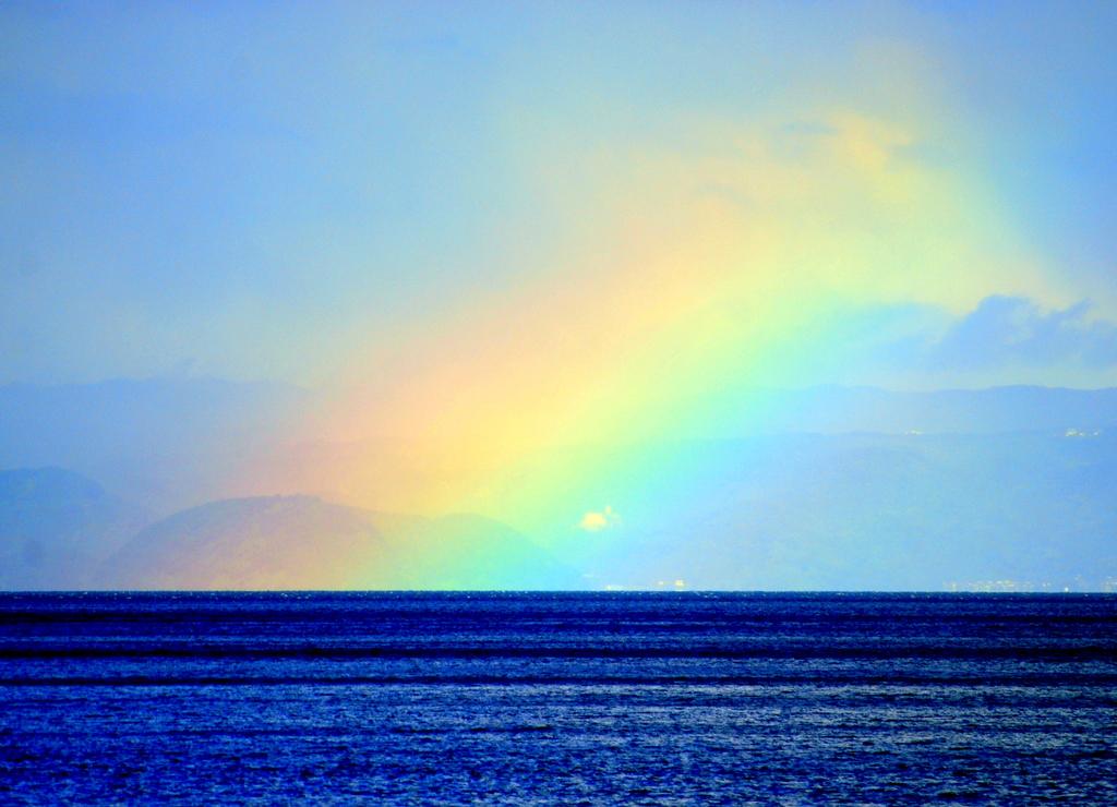 錦江湾の虹