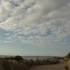秋の空。・・・海辺を散歩中