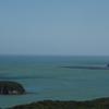 岬の灯台・・・風の強い日②