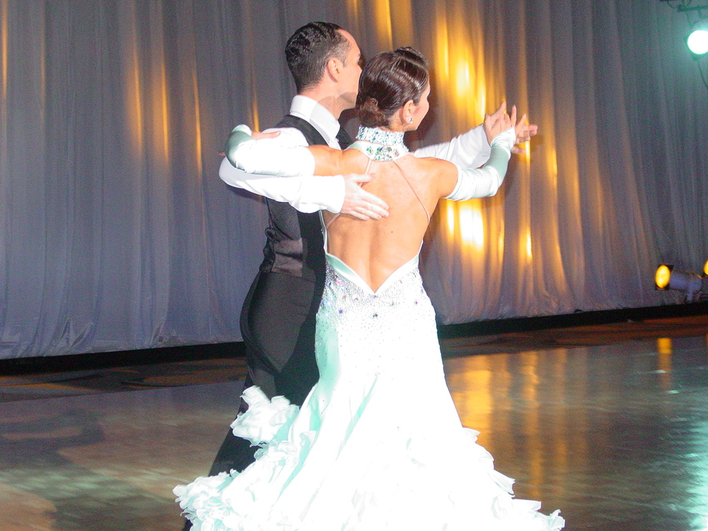 美女のダンス