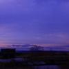 夕日に佇む「開かずの水門」