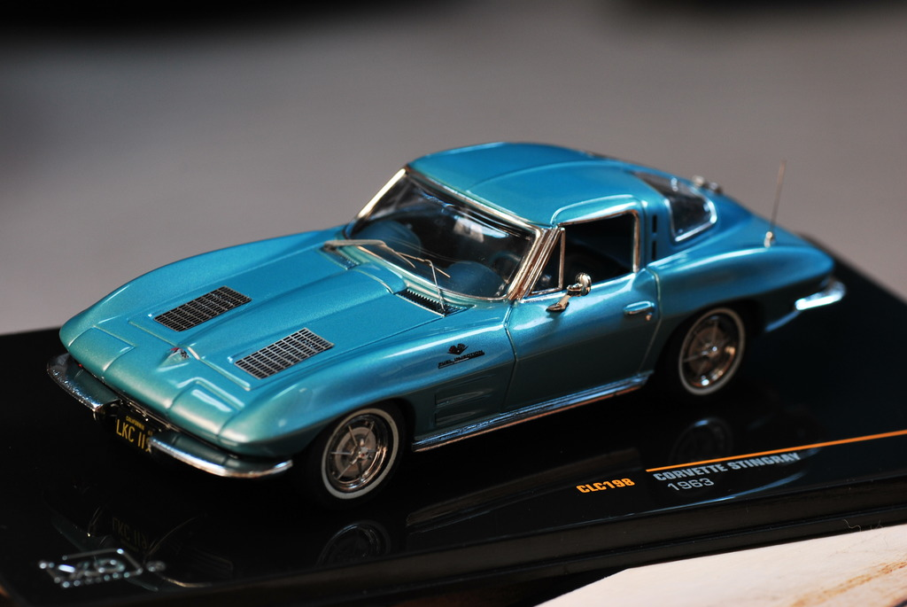 ixo 1/43 CORVETTE STINGRAY 1963
