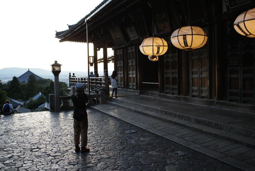 二月堂より望む奈良市内