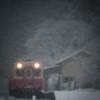 雪降るローカル線