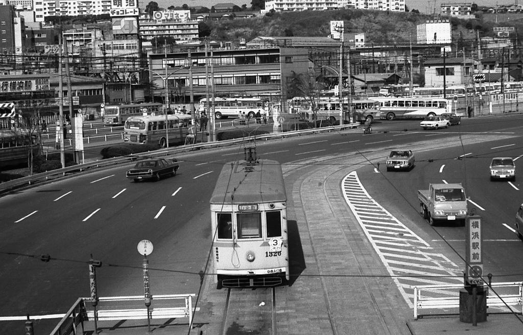 70年代 横浜駅前