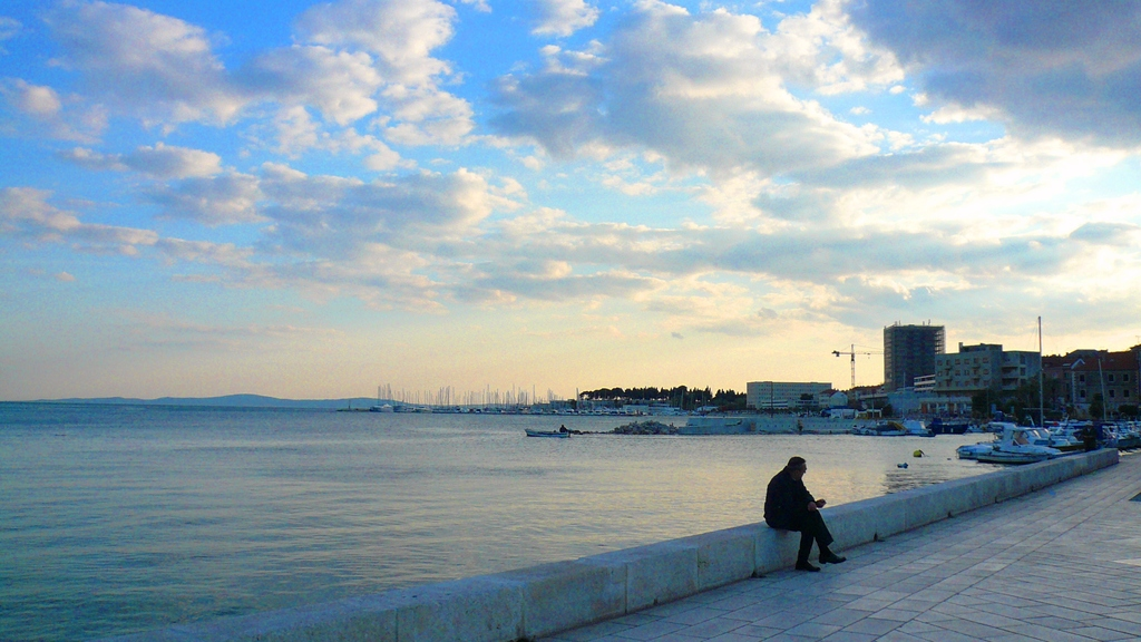 老人と海と空