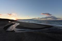 海、川、夕陽