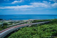 桃源郷へと続く橋