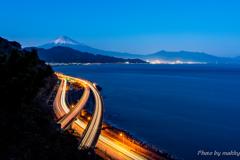 青の薩埵峠