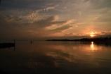 芹川河口から見る朝日