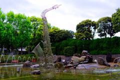 彫刻家西野康造氏「風の中で」 (さいたま市 北浦和公園)