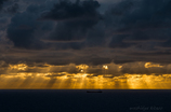 曇りの夕方
