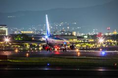 大阪国際空港(ITM) JA73AN night flight