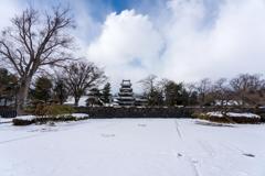 雪の松本城④