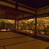 夜の圓徳院