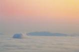 雲海に現れた凸