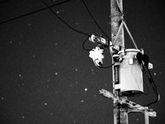 星玉ボケと電柱とラフモノクローム