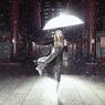 雨の中で踊る