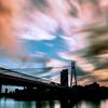 橋の上の雲 雲の下の橋