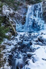 雪の善五郎の滝