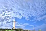 雲照らす灯台