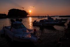 港の夕暮れ3