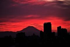 火の国より ~ Sunset in Tokyo♪。.:*・゜