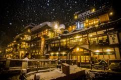 雪の降る夜に