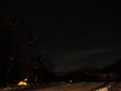 雪夜の星空
