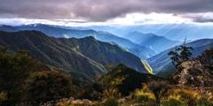大峰の山々