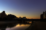 四条大橋の朝
