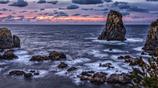 青海島の夕景