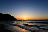 夕日と灯台