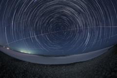 鳴り石の浜と巡る北天の星