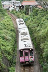 コナン列車ピンク