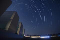 植田正治写真美術館の夜