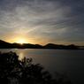 桧原湖の夜明け