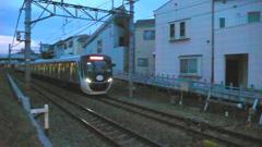戻った!東急6020系大井町方面へ向かっています。