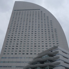 横浜コンチネンタルホテルの窓