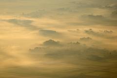 霧の嵐に包まれて